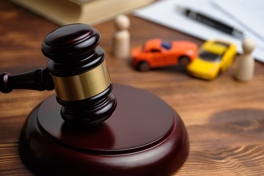 Should I Get a Lawyer After a Car Accident